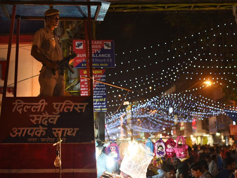 Tight security Karol Bagh market on Thursday. (Virendra Singh Gosain/HT PHOTO)
