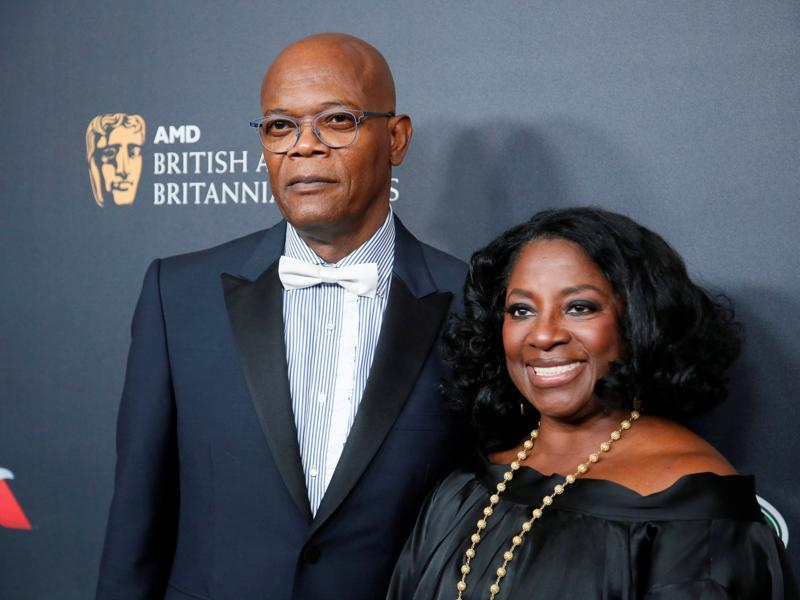 Albert R. Broccoli Britannia Award for Worldwide Contribution to Entertainment honoree Samuel L. Jackson (L) and wife LaTanya Richardson pose at the British Academy of Film and Television Arts (BAFTA) Los Angeles' Britannia Awards in Beverly Hills. (REUTERS)