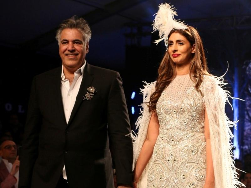 Shweta Bachchan Nanda with fashion designer Abu Jani.  (IANS)