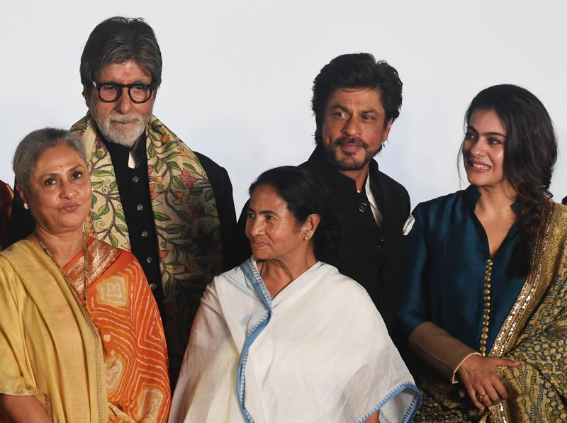 Amitabh Bachchan, Jaya Bachchan, Shah Rukh Khan, Kajol and West Bengal Chief Minister Mamata Banerjee attended the inauguration of the 22nd Kolkata International Film Festival on November 11, 2016. (AFP Photo)