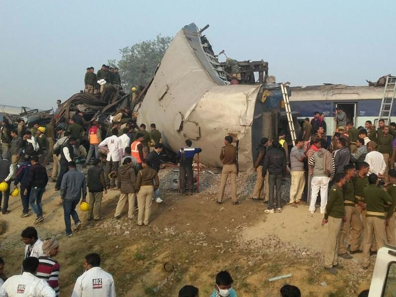 Rescue officials on the spot where 14 coaches of the Indore-Patna Express derailed.  (HT photo)