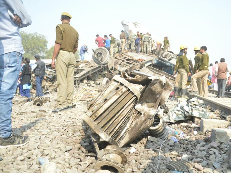 Several trains on the Jhansi-Kanpur route were diverted after the accident. (HT Photo)