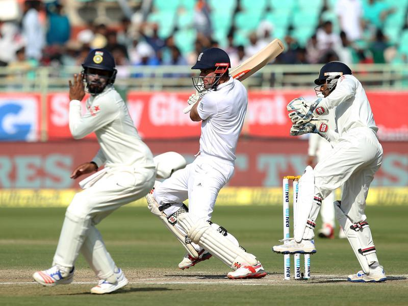 Cook and Hameed continued to grind the Indian bowlers in the third session. (BCCI)