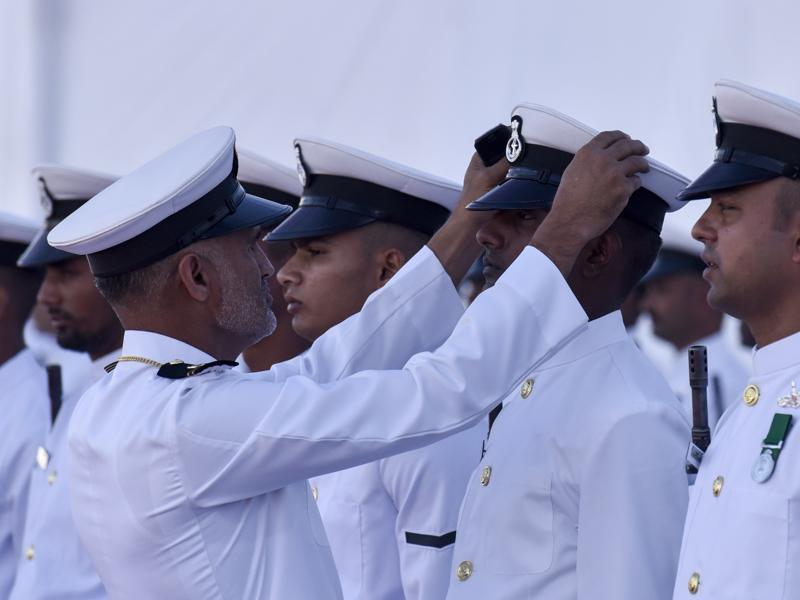 Navy officers get ready for the ceremony. (kunal patil/ht)