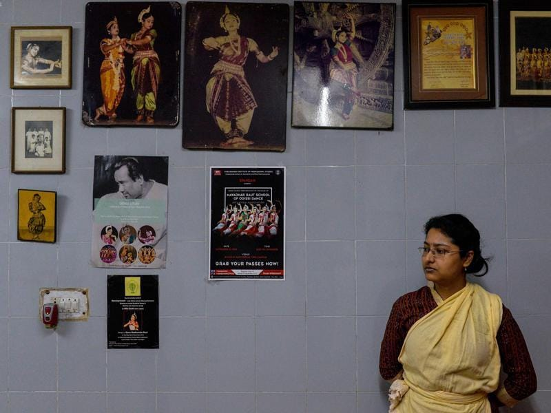 Dance student Sangamitra Nath (27) watches an Odissi dance lesson. (AFP)