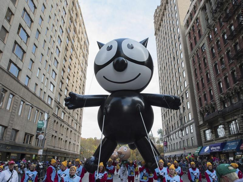 The Felix the Cat balloon moves down Sixth Avenue. (AP)
