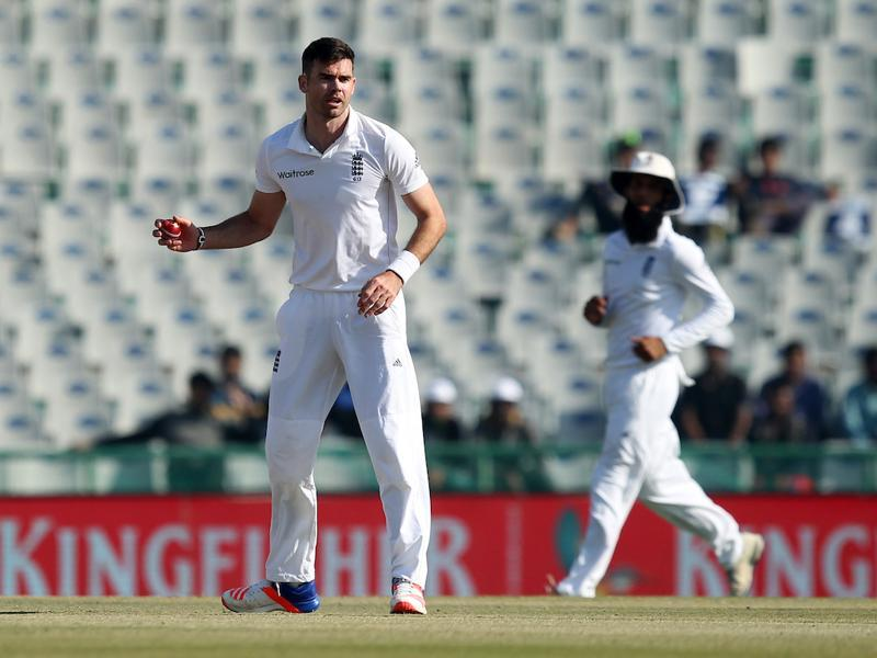 James Anderson tried to appeal for obstructing the field against Murali Vijay but the umpires did not give it. (BCCI)