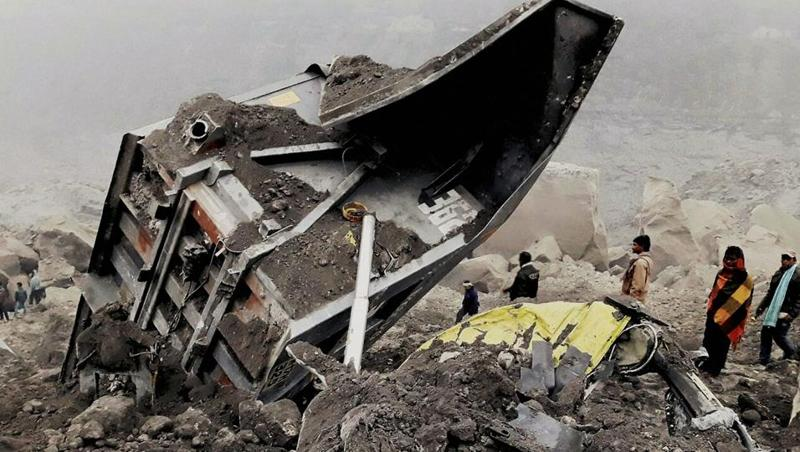 People gather near a collapsed coal mine in Godda, Jharkhand, where several workers were trapped on December 29, 2016.  (PTI)