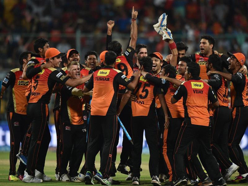 Sunrisers players in a post-win victory huddle. (PTI)