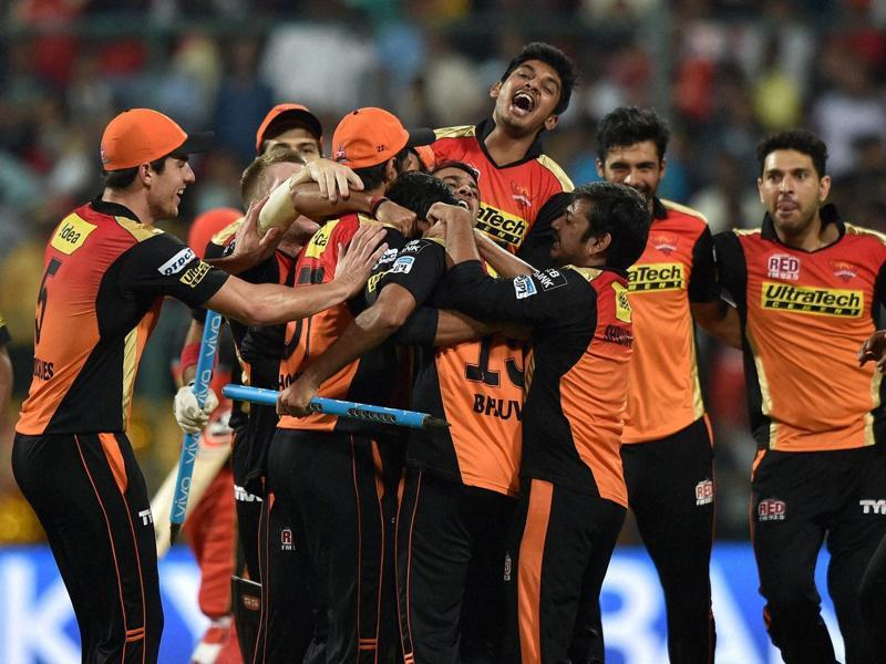 Sunrisers players rush to congratulate each other after their win. (PTI)