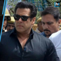 Salman Khan getting out on bail after getting convicted for poaching bl...