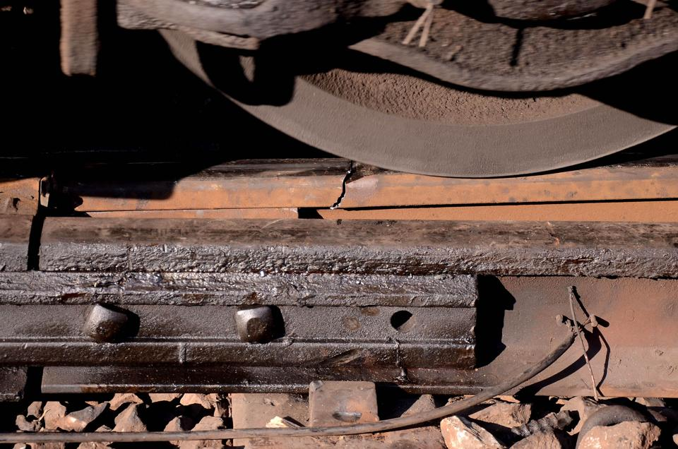 Rail fracture,Central Railway,Chinchpokli