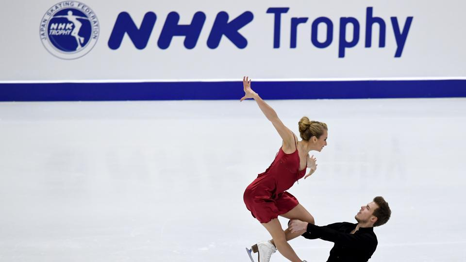 Russia's Victoria Sinitsina (L) and Nikita Katsalapov perform during the ice dance free dance. (AFP)