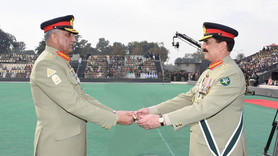 Gen. Raheel Sharif (right) hands over charges as Pakistan's chief of army staff to Lt. Gen. Qamar Javed Bajwa in Rawalpindi on Tuesday.