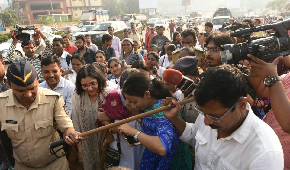 Haji Ali Dargah,Mumbai,Demonetisation