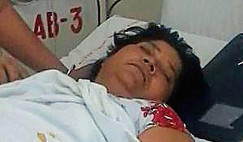 Dorris Francis, the 57-year-old traffic volunteer woman who braved all weather and congested traffic conditions in the last several years, is now battling cancer and admitted in a Delhi hospital.