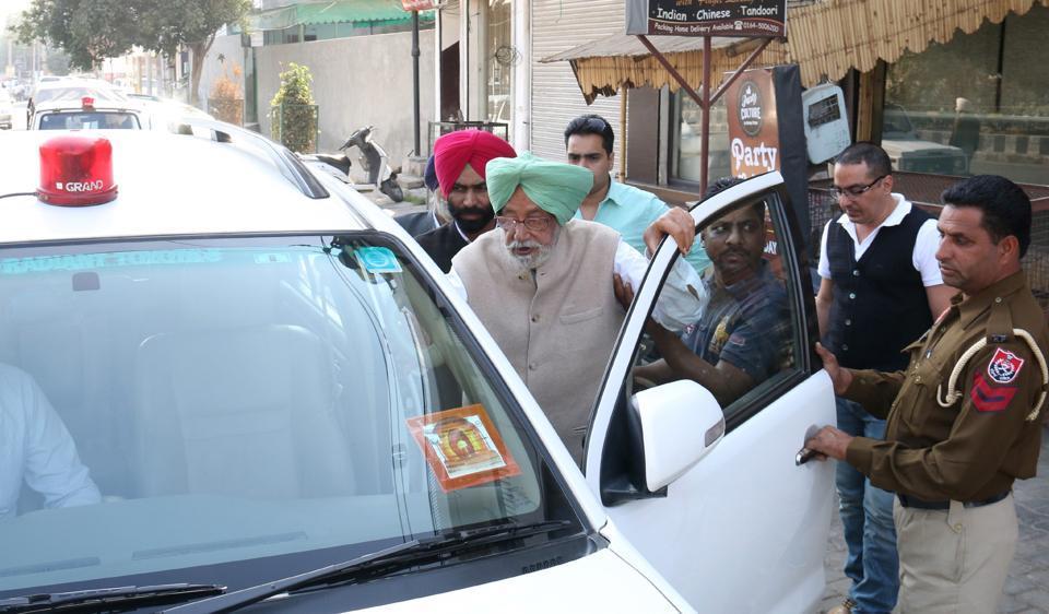 Gurdas Badal gets into his red-beacon SUV in Bathinda.