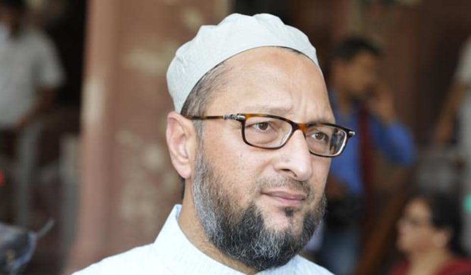 AIMIM leaders -- Asaduddin and Akbaruddin Owaisi -- are popular among the community.