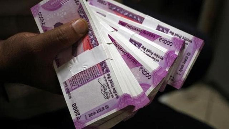 Enforcement Directorate,IT raid,Old Currency