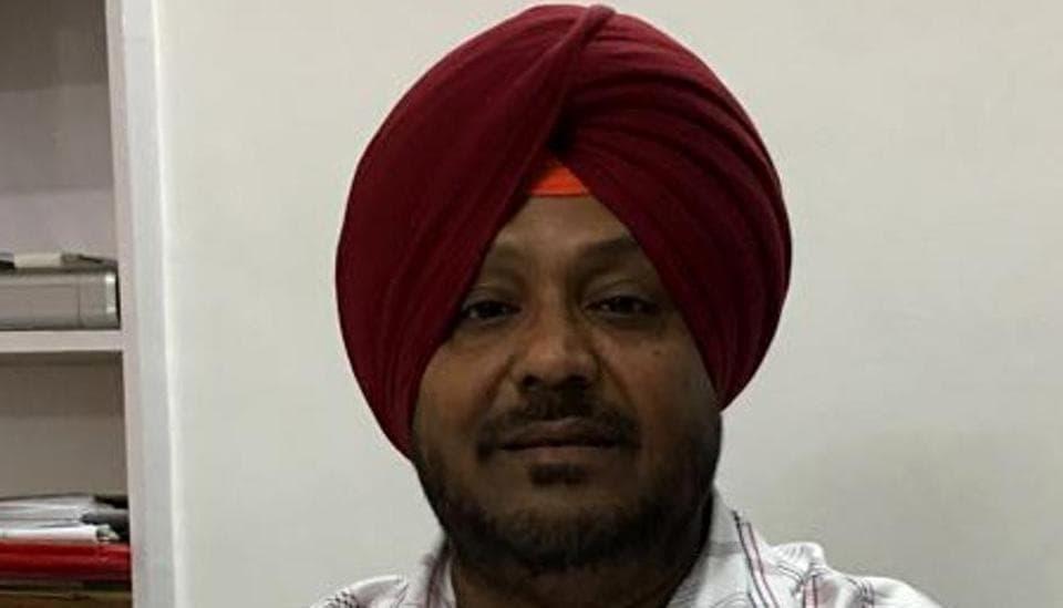 Moga,deputy commissioner,quits