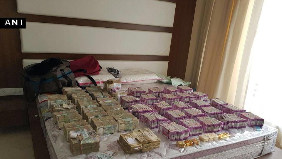 Rs 2000,IT Raids,Income Tax Raid