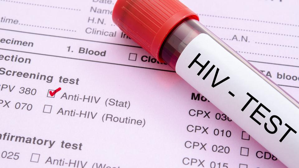 WHO urges anyone who tests positive for HIV in self-testing to seek confirmatory tests at a health clinic.