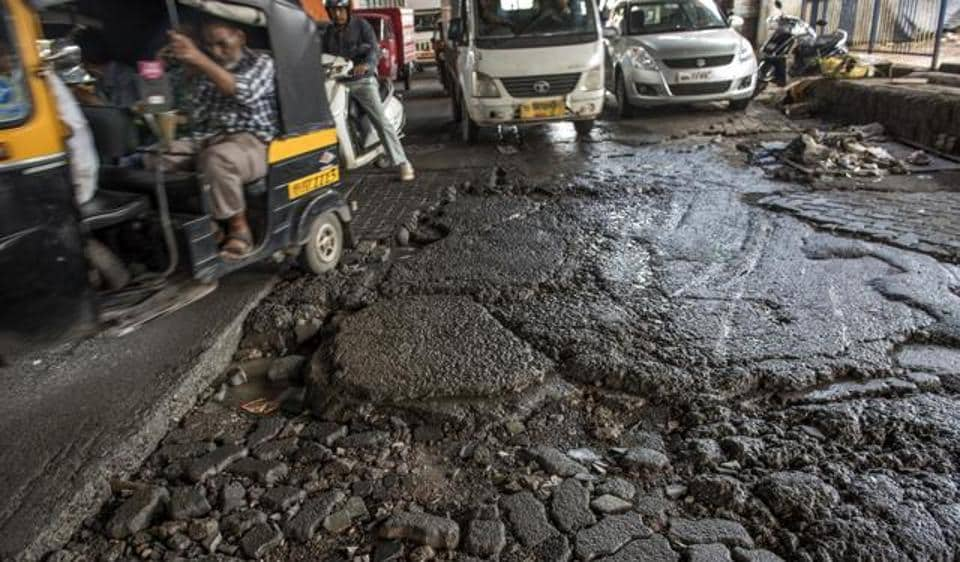 The civic chief also identified 455 locations where potholes are formed every monsoon and has directed the deputy municipal commissioners and ward officers to fix them.