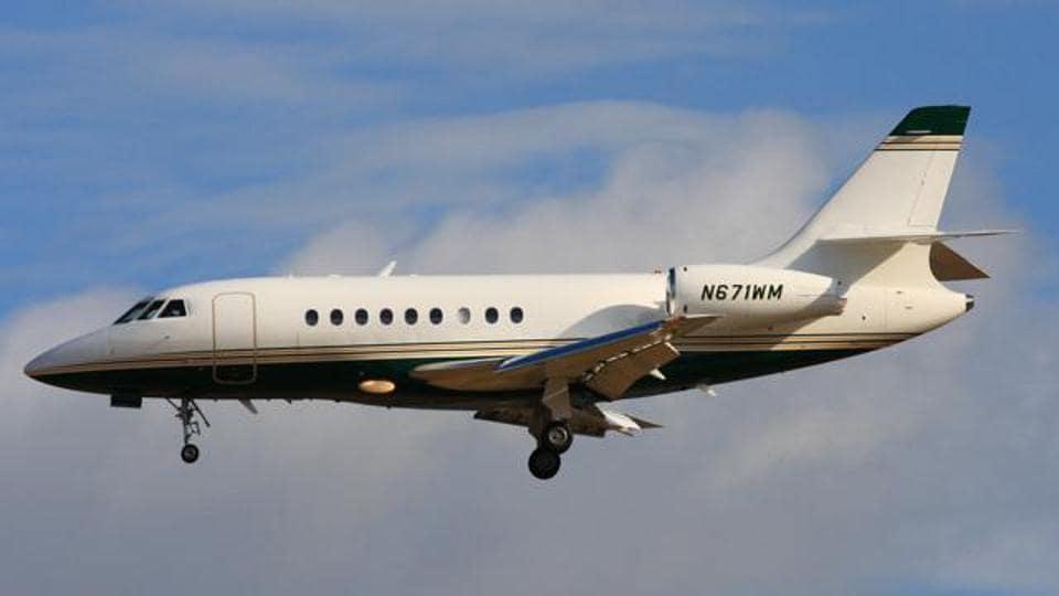DGCA,25 private jets,Delhi air traffic control