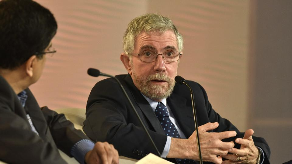 "In conversation with Niranjan Rajadhyaksha, executive editor, Mint, Prof Krugman said it is hard to see ""significant gains"" from the government's demonetisation decision. (Raj K Raj / HT Photo)"
