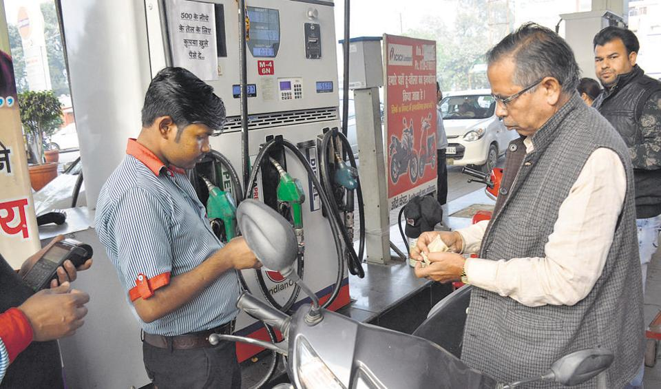 demonetisation,scrapped notes,Ghaziabad and Hapur Petroleum Dealers' Association