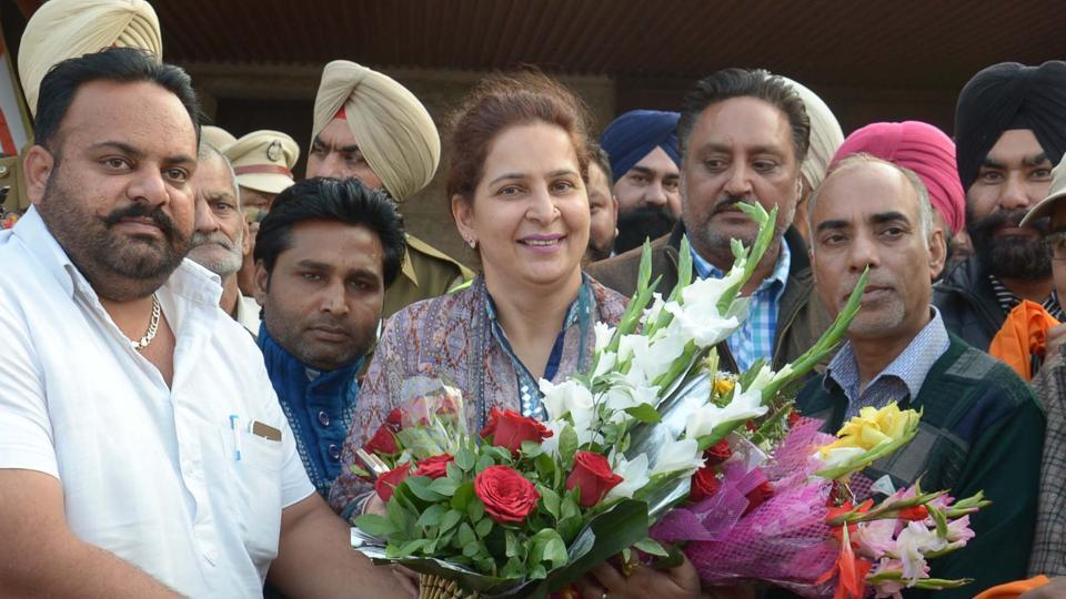 Dr Navjot Kaur sidhu,Dinesh Bassi,Congress