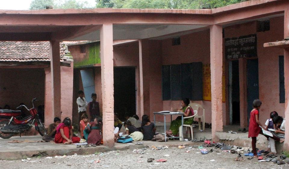 Indore,government-run schools in Indore,MP school education department