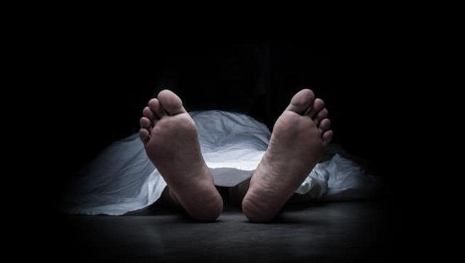 Police said that the body was stuffed in a black travel bag and dumped in an open drain near a bus stand on Captain Gaur Marg near Garhi village T-point.