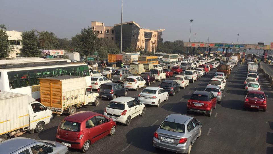 Long traffic queues were witnessed at Kherki Daula toll plaza as the toll fee exemption ended at midnight on Saturday.