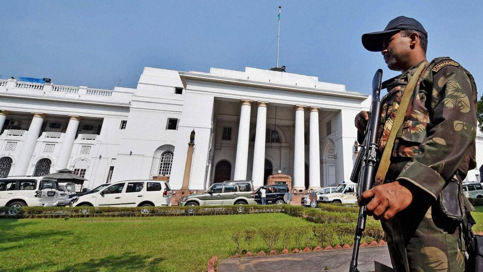 An army Commando keeps a strict vigil in front of West Bengal Legislative Assembly in Kolkata on December 2.