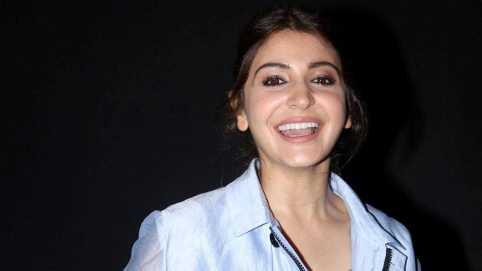 Anushka Sharma was all smiles for the photographers. (IANS)