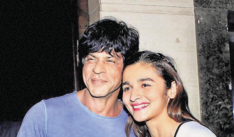 Actors Shah Rukh Khan and Alia Bhatt shared screen space in Gauri Shinde's latest film, Dear Zindagi.