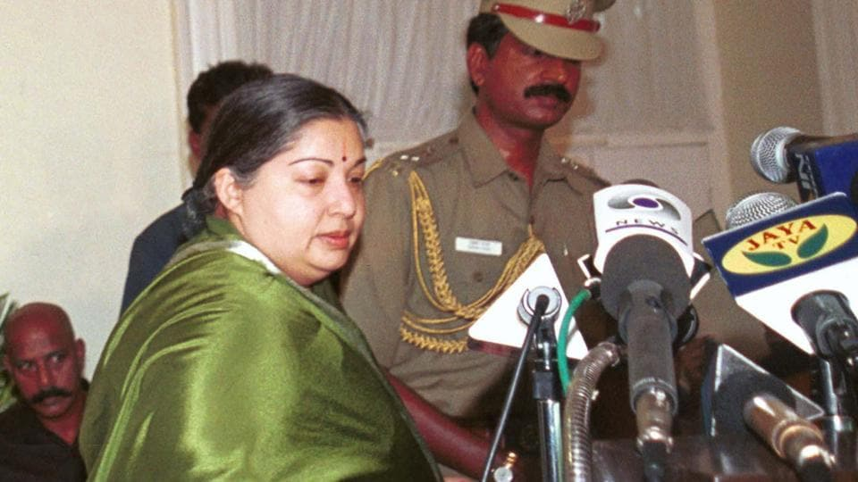 Jayalalitha taking the oath during the swearing-in ceremony with Tamil Nadu governor Fatima Bibi at Raj Bhawan in Chennai in 2001.  (PRAKASH SINGH HT PHOTO)