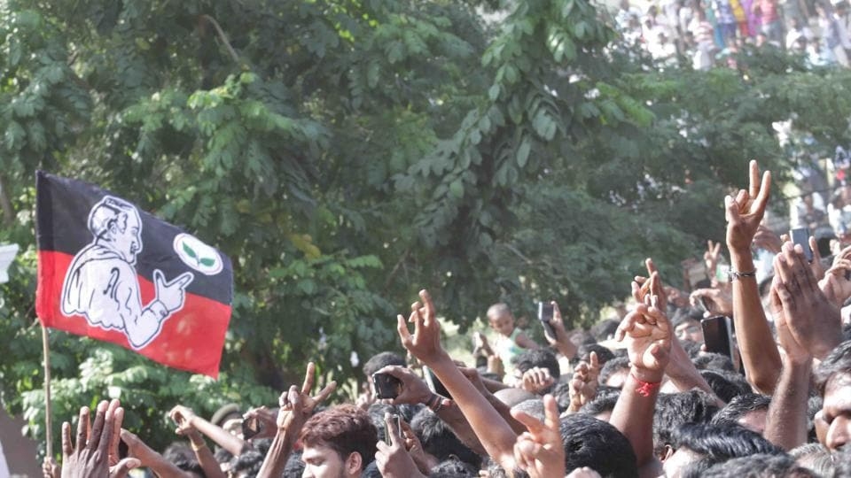 "The AIADMK cadres gathered on the beach road shout  ""Puratchi Thalaivi Amma!"" (revolutionary leader and mother)  (Bharath Srinivasan/HT Photo)"