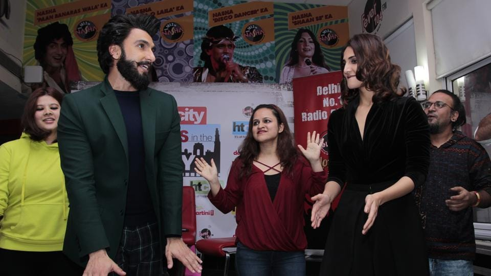 Vaani and Ranveer were seen dancing with their fans as well. (SHIVAM SAXENA /HT Photo)