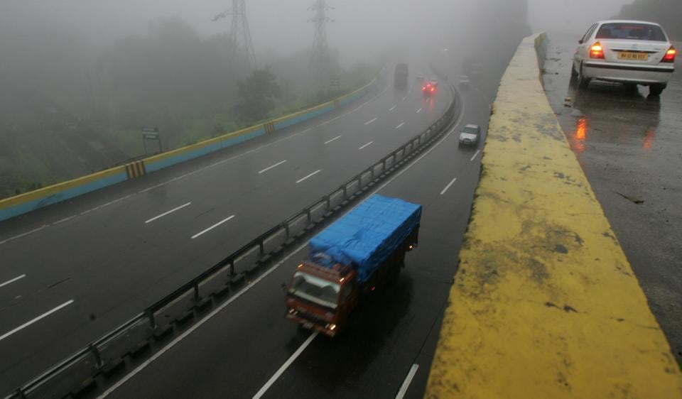 A total of twelve people, including three minors and three women, were injured after the SUV they were travelling in toppled on the Mumbai-Pune Expressway on Tuesday.