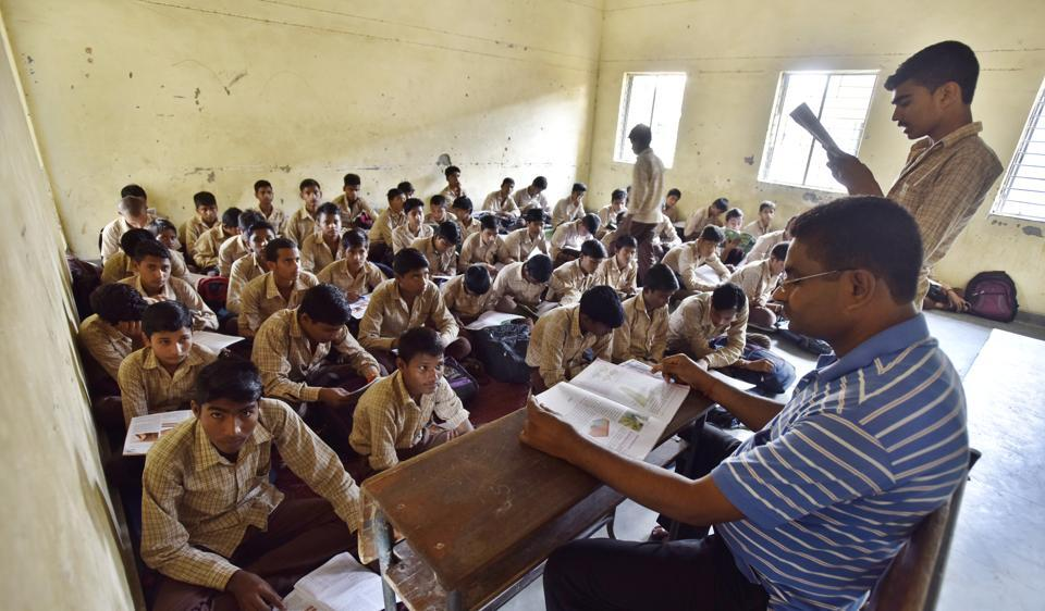 Retired teachers,govt schools,teacher shortage