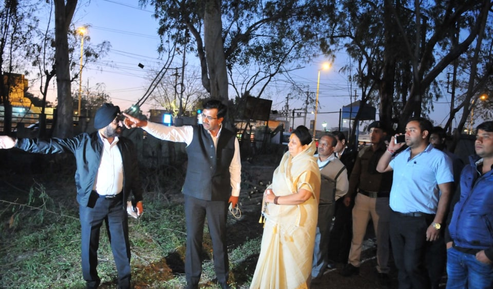 Mayor Malini Gaud and municipal commissioner Manish Singh inspect land acquired on AB Road for BRTS expansion
