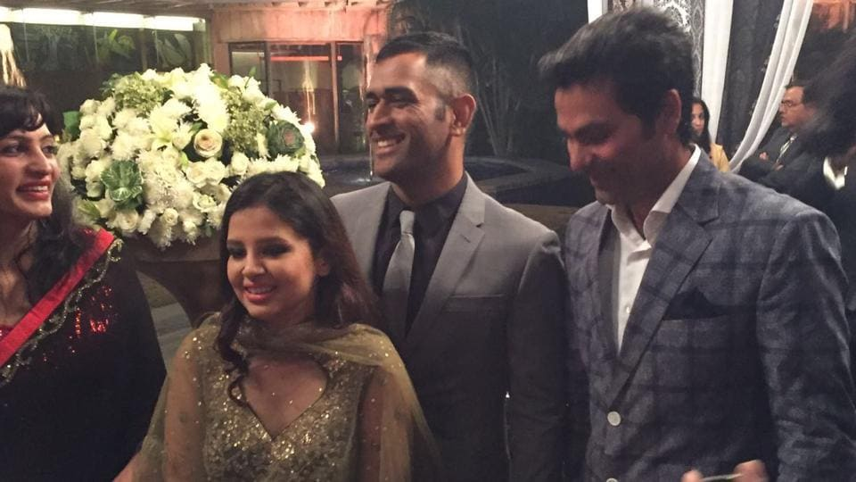 Indian ODI captain MS Dhoni with his wife Sakshi Dhoni. (ht photo)