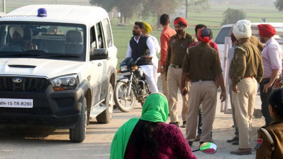 Police personnel deployed near the venue of the proposed 'sarbat khalsa' at Talwandi Sabo in Bathinda on Wednesday.