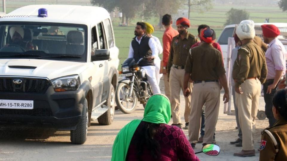 Sikh hardliners,denied,permission