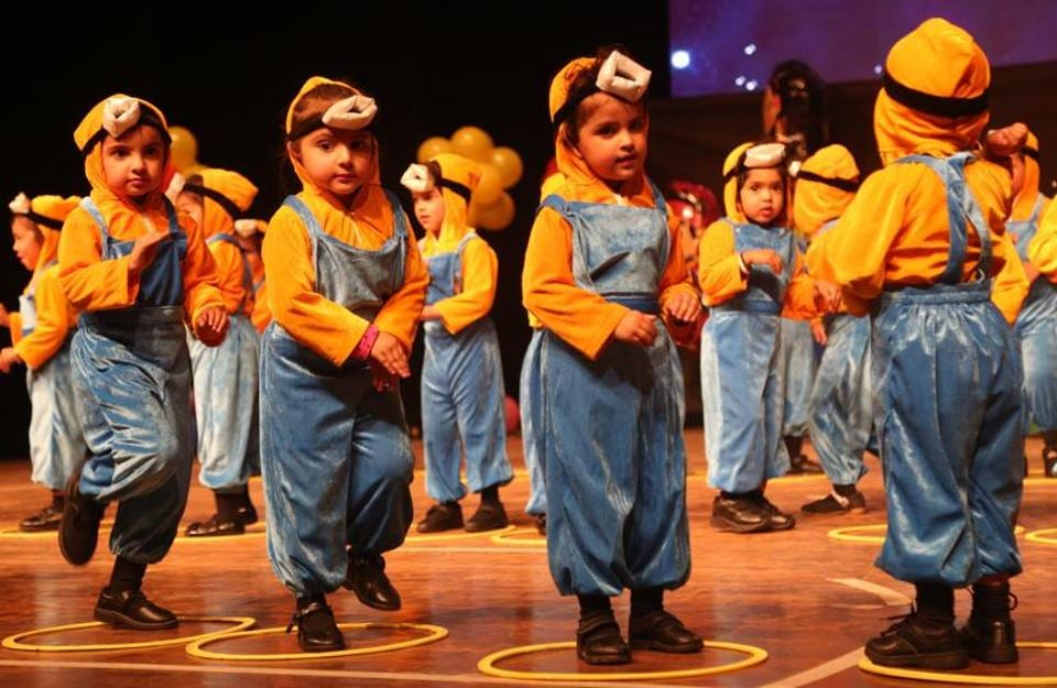 Kids performing at the annual day function of a school in SAS Nagar on Friday, December 9. (HT Photo)