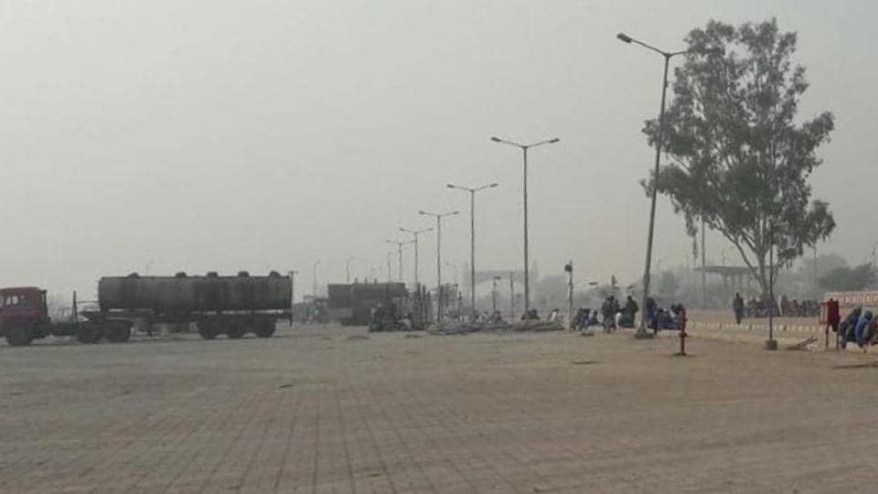 Integrated Check Post (ICP) on Attari border wears a deserted look, not even a single truck came from across the border on Thursday.