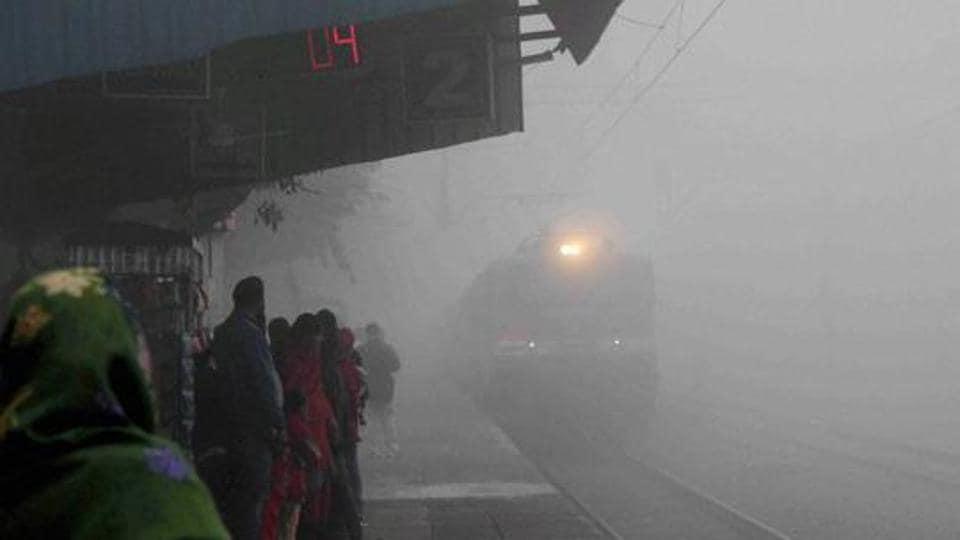 Indian Railways,Fog,Trains cancelled