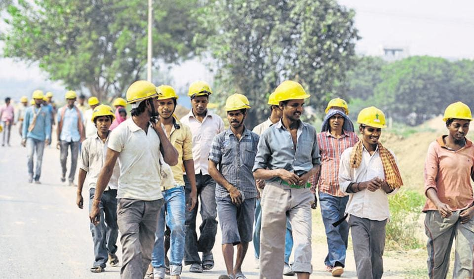 Industrial unit owners said there is no cash to buy raw material or pay workers. However, some are trying to get workers' bank accounts opened for cashless salary payment.